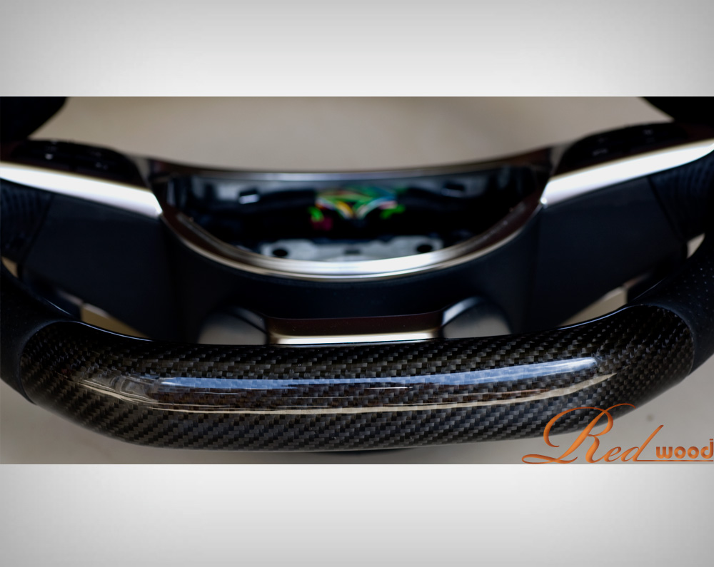 stering wheel carbon fiber mercdes GLA 250